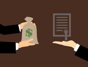 כסף תמורת מסמכים