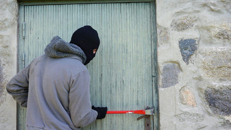 גנבת צמיד טניס – האם זו עילה לתביעה